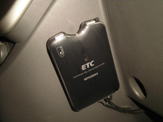 トヨタ ヴォクシー ZS HDDナビ フルセグTV HIDヘッドライト