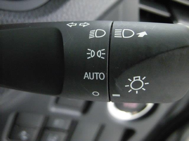 2.0X8人乗り4WD両側電動Bluetooth対応ナビ(11枚目)