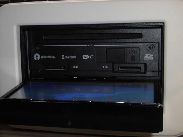 S フルセグ メモリーナビ DVD再生 ミュージックプレイヤー接続可 衝突被害軽減システム ETC HIDヘッドライト アイドリングストップ(10枚目)