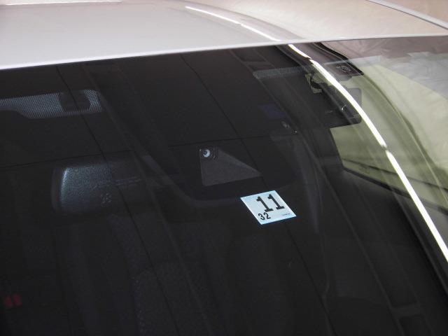 トヨタロングラン保証、1年間、走行距離無制限。(対象項目:約60項目・5000部品)が対象です。全国5000ヵ所のトヨタディーラーで保証修理が可能です。