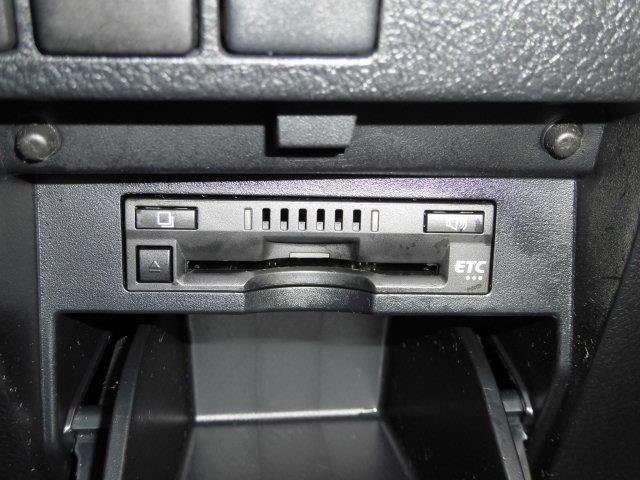 2.5Z Aエディション ゴールデンアイズ フルセグ メモリーナビ DVD再生 ミュージックプレイヤー接続可 バックカメラ ETC 両側電動スライド LEDヘッドランプ 乗車定員7人 3列シート(14枚目)