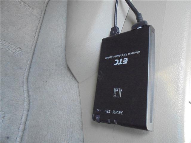 日産 ティーダ 15M ワンオーナーHDDナビワンセグTVETC
