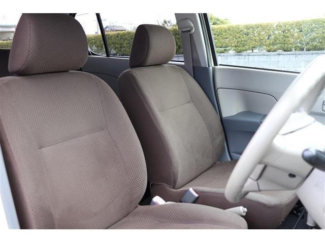 【プロによるクリーニング】専任のスタッフが天張りからシートの隙間に至るまで細かく、丁寧にクリーニングしています。葉栗オートショップはお客様に快適なお車をご提供致します!!