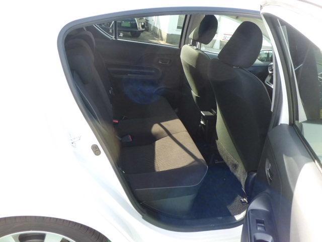 トヨタ アクア G タイヤ4本交換済み SDナビフルセグTVバックモニター