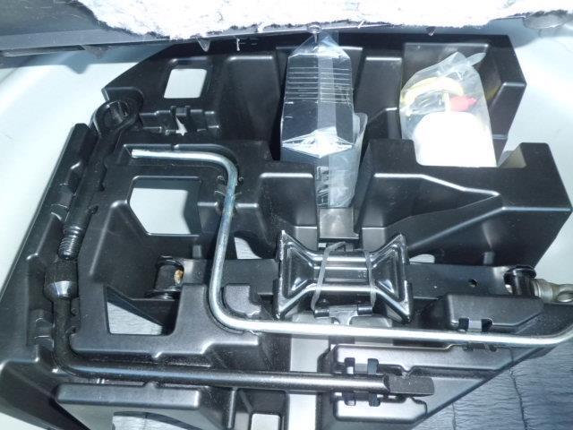 トヨタ プリウス Gツーリングセレクション G,s TRDマフラー 社外ナビ