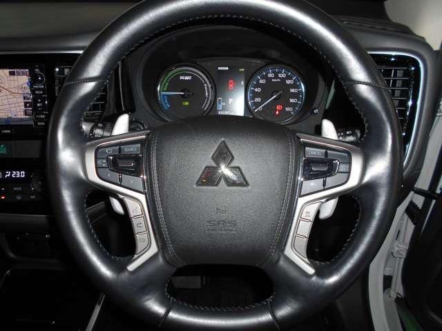 2.0 G ナビパッケージ 4WD AC100V給電機能(12枚目)