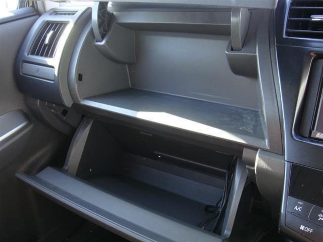 トヨタ プリウスアルファ S Lセレクション 禁煙車 ナビ ETC キーフリー