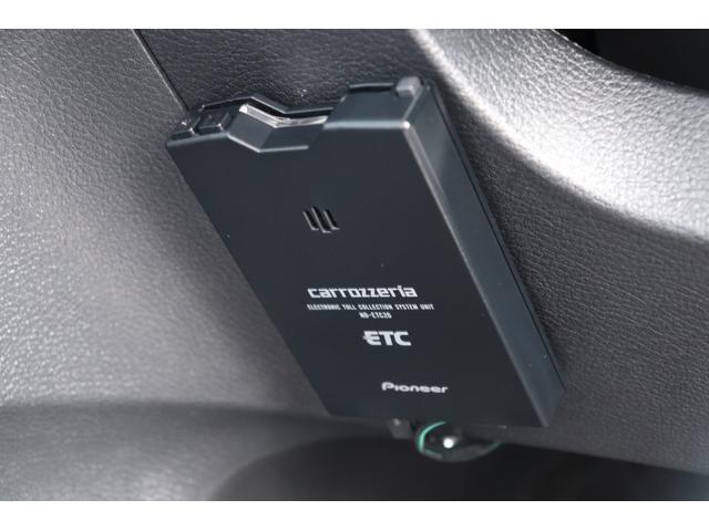 15C ナビ ワンセグTV バックカメラ キーレス ETC エアロパーツ DVD再生 オートライト ドラレコ Bluetooth USB デュアルオート 眼鏡収納(7枚目)