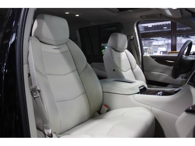 キャデラック キャデラック エスカレード ESV ラグジュアリー 2015yモデル