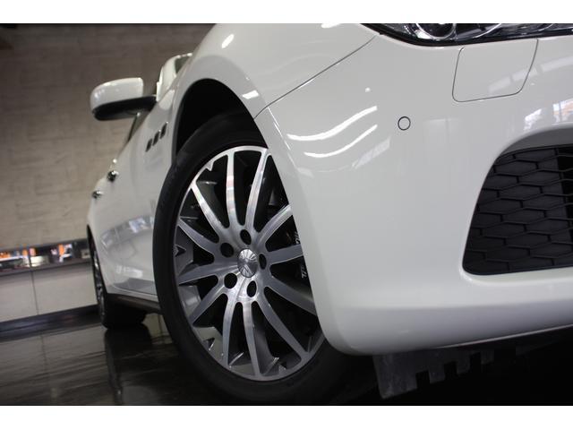 マセラティ マセラティ ギブリ S D車ワンオーナー スカイフックサスペンション サンルーフ