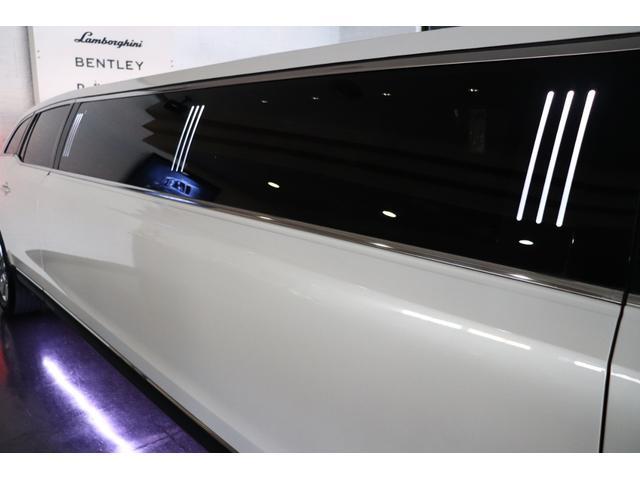 120インチリムジン 電動パーテーション カラオケ 新車並行(11枚目)
