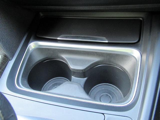 320dツーリング ラグジュアリー パールホワイト ACCアダプティブクルーズ インテリジェントセーフティ オートテールゲート 黒革シート シートヒーター パワーシート コンフォートアクセス HDDナビ Bカメラ PDC ETC 禁煙車(29枚目)