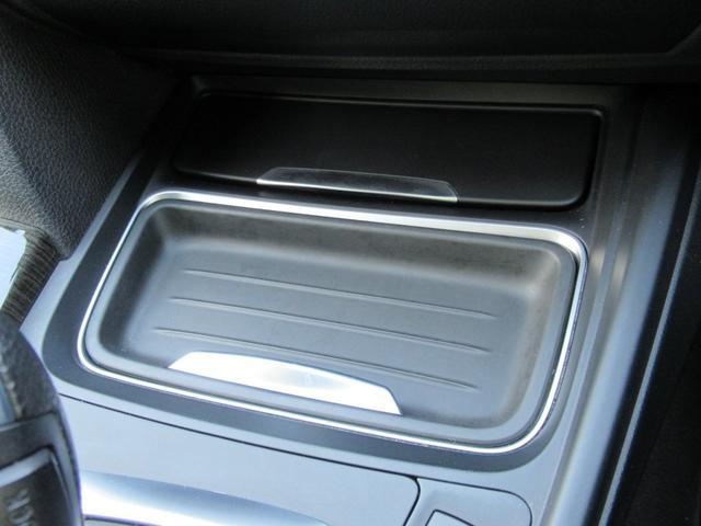 320dツーリング ラグジュアリー パールホワイト ACCアダプティブクルーズ インテリジェントセーフティ オートテールゲート 黒革シート シートヒーター パワーシート コンフォートアクセス HDDナビ Bカメラ PDC ETC 禁煙車(30枚目)