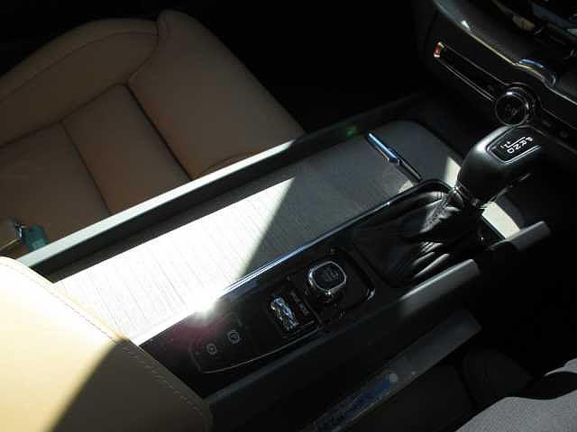 D4 AWD インスクリプション サンルーフ エアサス(12枚目)