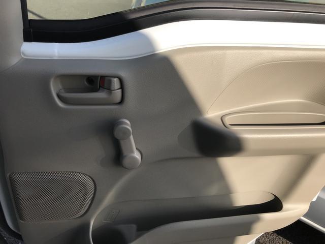 DX 4WD エアコン 5MT 軽バン 届出済未使用車(11枚目)