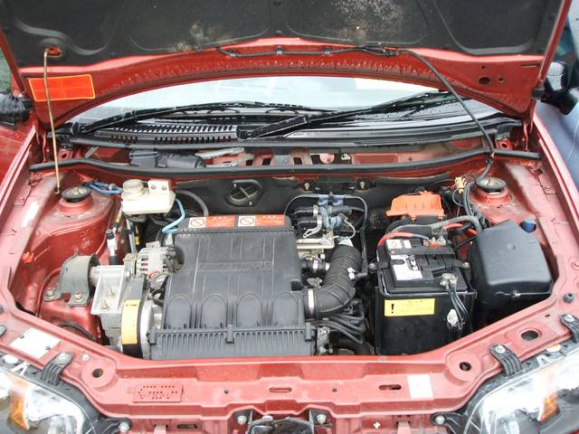 エンジンルームもピカピカ・車検整備でさらになかからピカピカにします