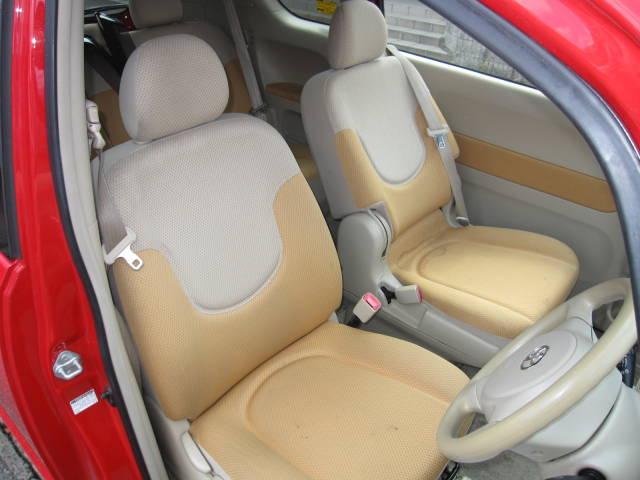 トヨタ ポルテ 130i Cパッケージ スマートキー パワースライドドア