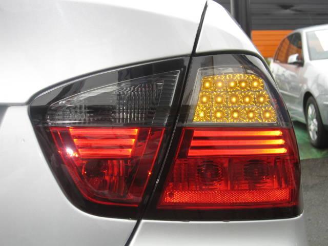 320i HDDナビ 新品18AW 新品前後LEDライト(11枚目)