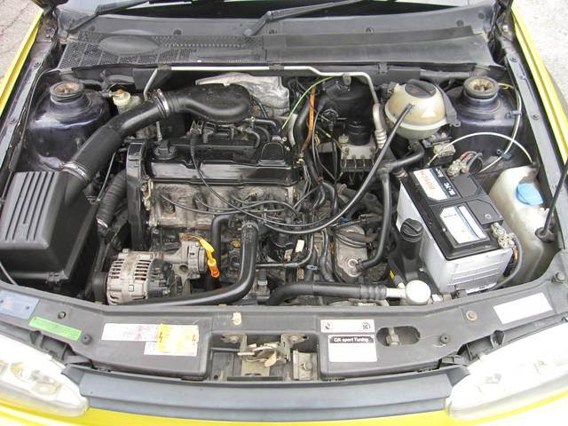 フォルクスワーゲン VW ゴルフ CLi デモカー ZENDERフルエアロ 車高調
