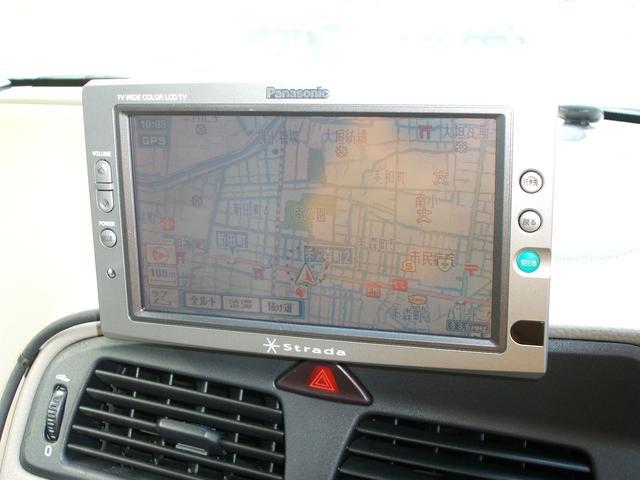 ボルボ ボルボ V70 2.4 レザーpkg DVDナビ ボディ同色モール