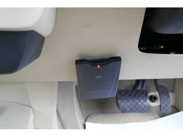 ベースグレード 新品天張貼替済 禁煙車 HDDナビ メッキ(24枚目)