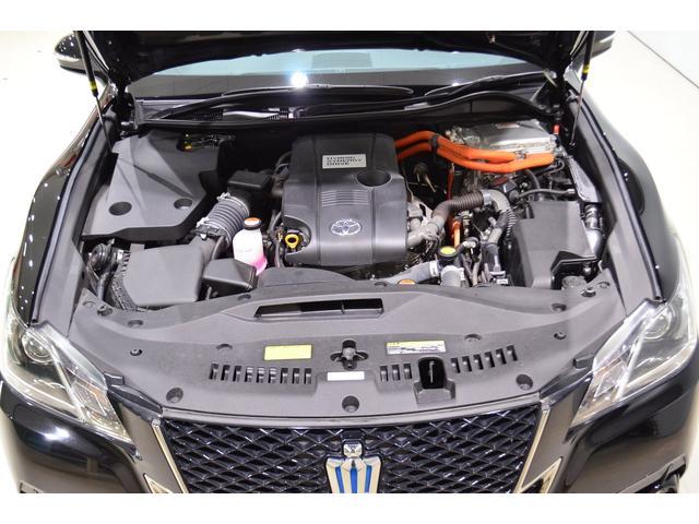 2.5Lエンジンのハイブリッドです。