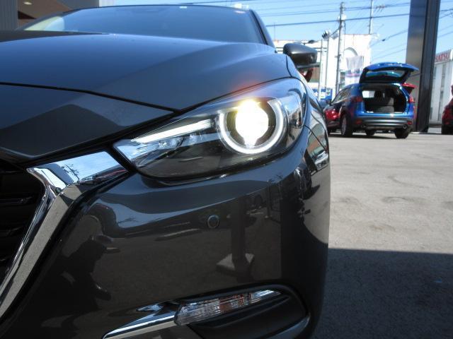 LEDヘッドライト☆対向車が来たら自動で明るさを調節してくれます♪