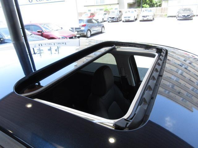 XD Lパッケージ 衝突被害軽減システム アダプティブクルーズコントロール 全周囲カメラ オートマチックハイビーム サンルーフ 4WD 革シート 電動シート シートヒーター バックカメラ オートライト LEDヘッドランプ(15枚目)
