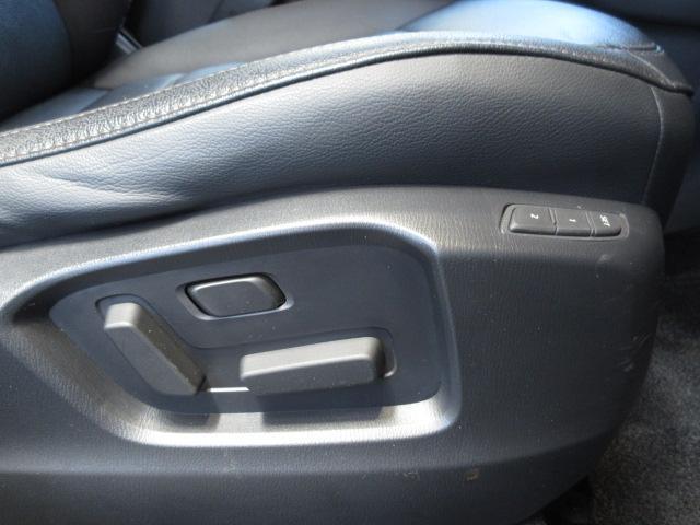 XD Lパッケージ 衝突被害軽減システム アダプティブクルーズコントロール 全周囲カメラ オートマチックハイビーム サンルーフ 4WD 革シート 電動シート シートヒーター バックカメラ オートライト LEDヘッドランプ(16枚目)