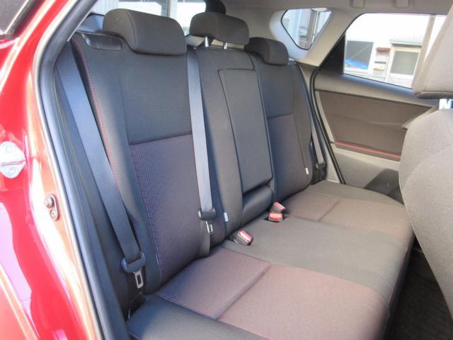 トヨタ オーリス RS Sパッケージ 6MT 純正SDナビDTV HIDライト