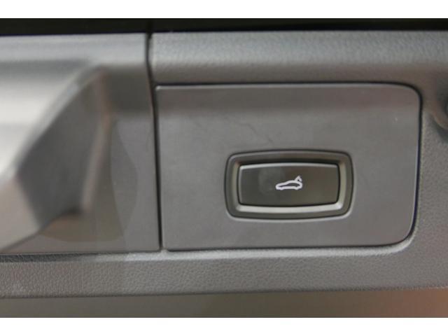 4S PDK 黒革 サンルーフ HDDナビ 後席モニター(20枚目)
