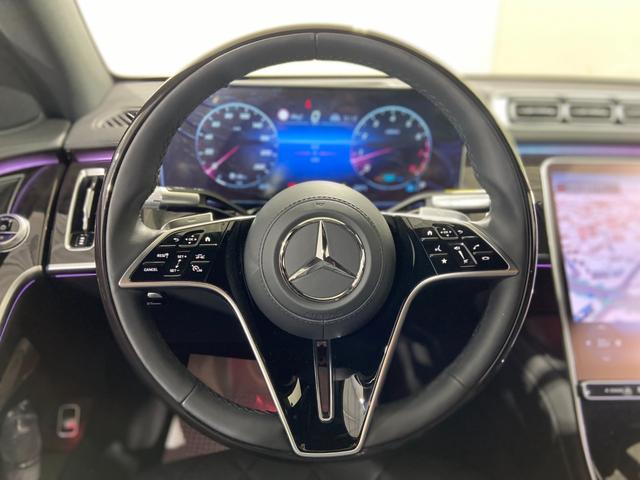 S500 4マチック AMGライン ワンオーナー AMGライン ベーシックパッケージ レザーエクスクルーシブパッケージ パノラマルーフ ブルメスター3Dサウンド ラグジュアリーヘッドレスト(前席) AMG20アルミ エアバランスPKG(10枚目)