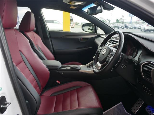 「レクサス」「NX」「SUV・クロカン」「愛知県」の中古車24