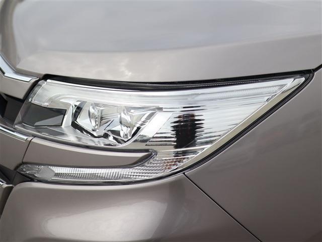 X 助手席側オートサイドステップ LEDヘッドライト パワースライドドア メモリーナビ TV バックカメラ ETC ドライブレコーダー(9枚目)