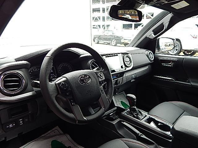 ダブルキャブ TRDプロ 4WD 2019年モデル 黒革(18枚目)