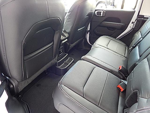 サハラ 4WD 左ハンドル LEDグループ 黒革 JLモデル(20枚目)