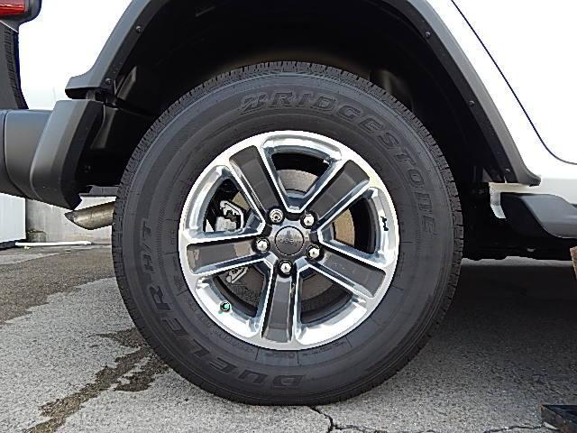 サハラ 4WD 左ハンドル カラードトップ 2.0Lターボ(4枚目)