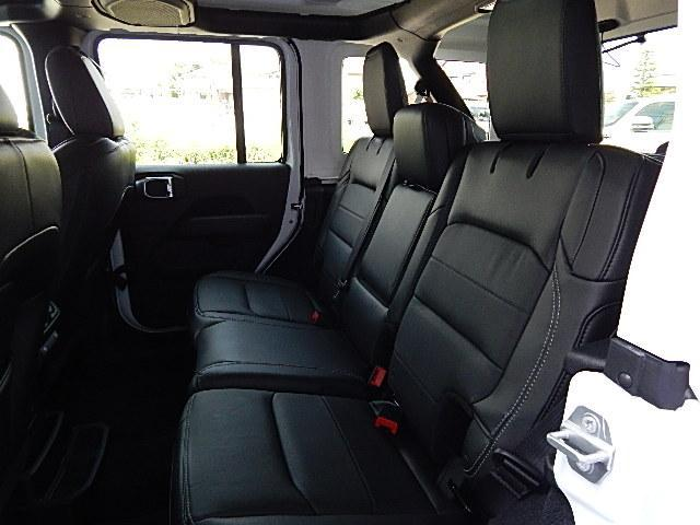 サハラ 4WD 左ハンドル カラードトップ 2.0Lターボ(14枚目)