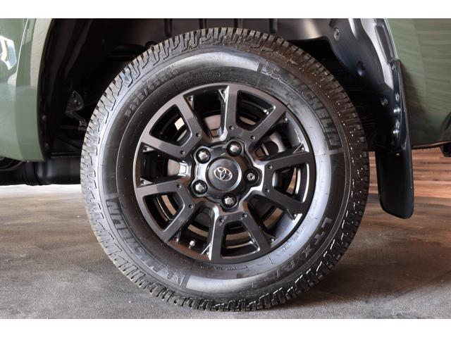 クルーマックス SR5 トレイルエディション 4WD アーミーグリーン プレデターサイドステップ アップルカープレイ ブラックバッジ(4枚目)