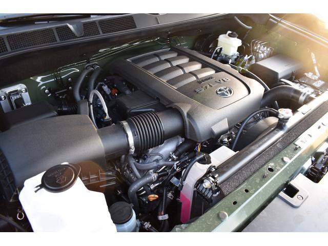 クルーマックス SR5 トレイルエディション 4WD アーミーグリーン プレデターサイドステップ アップルカープレイ ブラックバッジ(12枚目)