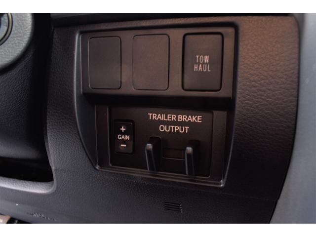 クルーマックス SR5 トレイルエディション 4WD アーミーグリーン プレデターサイドステップ アップルカープレイ ブラックバッジ(33枚目)