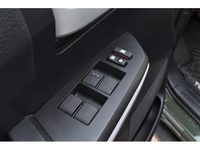 クルーマックス SR5 トレイルエディション 4WD アーミーグリーン プレデターサイドステップ アップルカープレイ ブラックバッジ(34枚目)