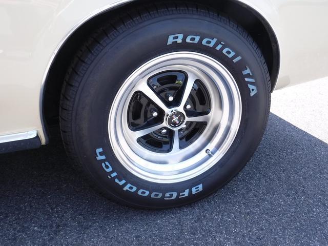 タイヤ&アルミホイールも新品です!ホワイトレターがカッコいい!