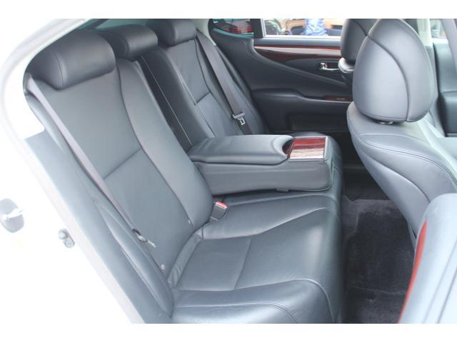 レクサス LS LS600h-I HDDマルチ 黒革 SR フルエアロ