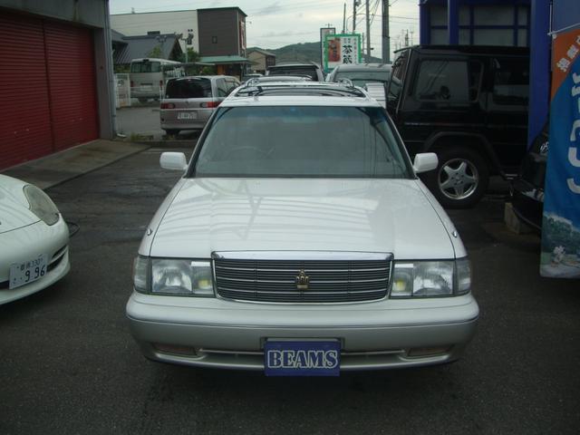お車の状態説明から注文販売まで、責任をもってお引き受けいたします。カスタムから修理、タイヤ交換や事故修理塗装、保険まで、どんなことでもお気軽にどうぞ!問合せ→ 0066-9700-593302