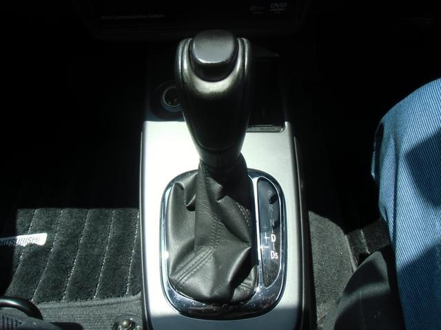 三菱 ランサーワゴン ツーリングワゴン ステアリングシフトスイッチ DVDナビ