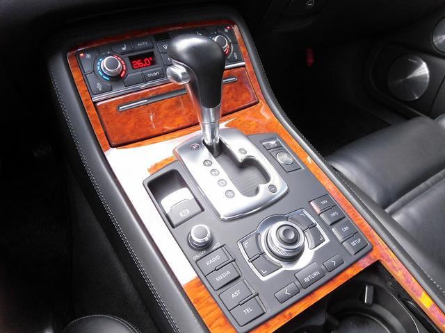 アウディ アウディ S8 黒本革サンルーフ バング&オルフセン DVDナビ 左ハンドル