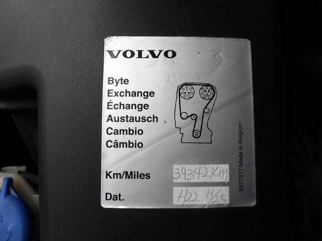ボルボ ボルボ V70 カスタム仕様 黒本革シート 純正HDDナビ Tベルト交換済