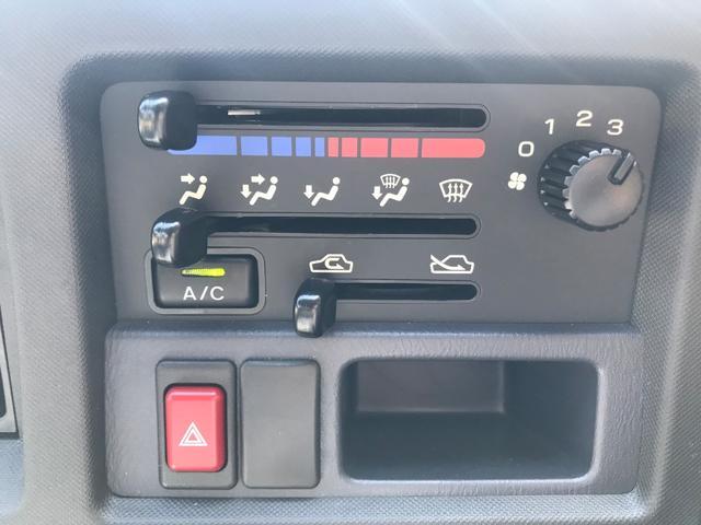 TB プロフェッショナル 4WD 5速マニュアル(16枚目)