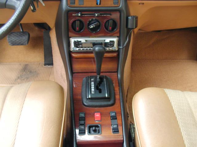 メルセデス・ベンツ M・ベンツ 300D ディーゼル フル装備 W123